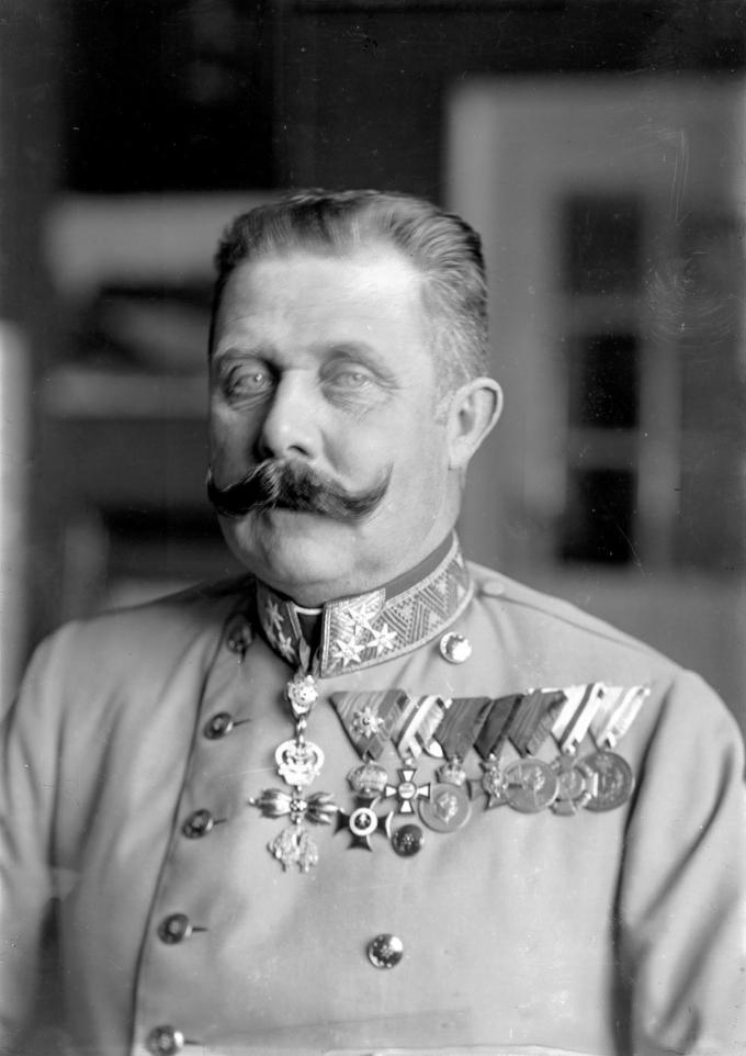 ferdinand_schmutzer_-_franz_ferdinand_von_c396sterreich-este2c_um_1914